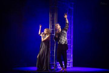Фоторепортаж з найромантичнішого концерту зими від дуету Alyosha & Vlad Darwin — «Золота середина»