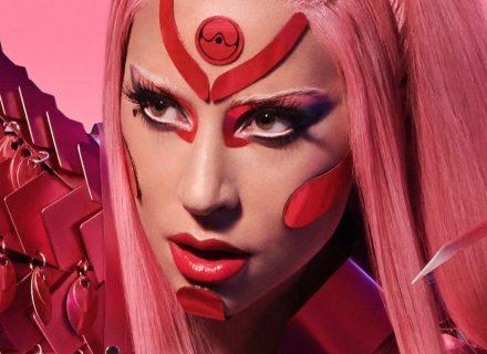 Stupid Love: Леди Гага выпустила космический клип, снятый на айфон