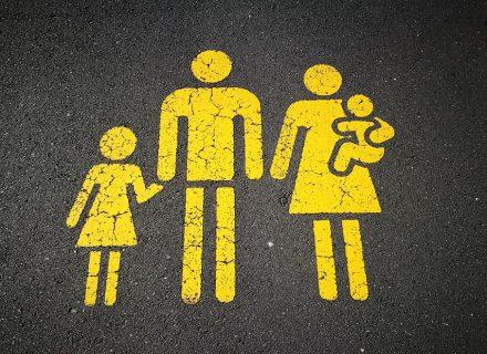 Эпидемия паники: 6 советов, как успокоиться самим и не «заражать» тревогой детей