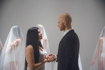 Vlad Darwin показав сварки та поцілунки із дружиною
