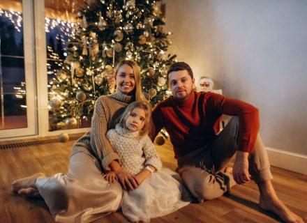 Украинские звезды рассказали о своих детских новогодних мечтах
