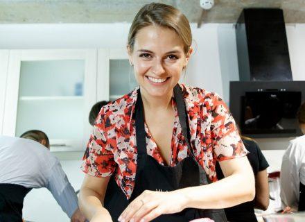 Юлия Панкова поделилась рецептом диетической запеченной курицы