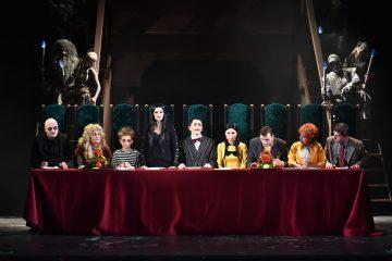 Бродвейский мюзикл «Сімейка Аддамсів» в Национальной оперетте