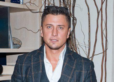 Павел Прилучный впервые показал детей после скандала с Агатой Муцениеце